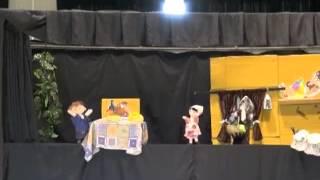 幼稚園の人形劇サークル「ころりん座」の24年度春公演,「ヘンゼルとグ...