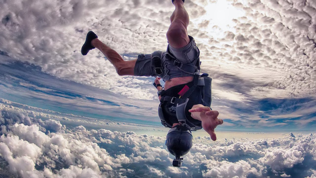 skydive chicago is one of the 18,000 feet and rising: missy nelson, skydiver skydive chicago, has been heralded as one of the 15 people have died at skydive chicago since it.