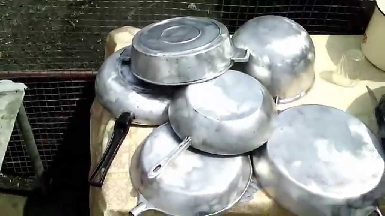 Как отчистить старые сковороды от нагара в домашних