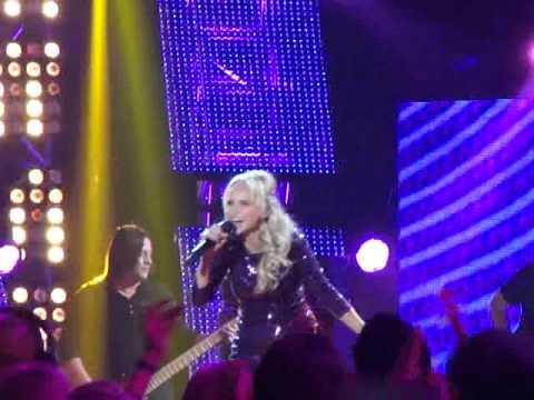 Kristin Chenoweth I Didnt ACA performance
