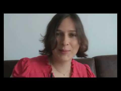 Rolando Rodas entrevista a Carolina Renteria
