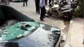 Crazy Woman Destroys Cheating Husband's Car