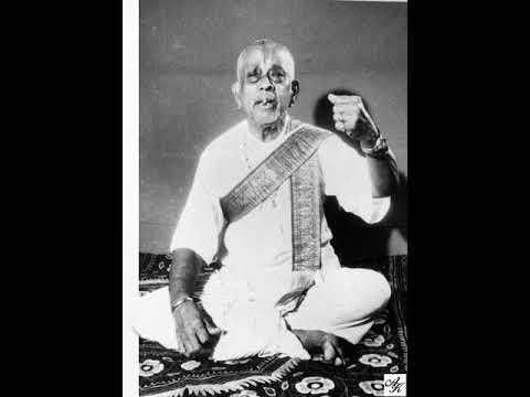 Rajagopalam Bhajeham---- Mohanam---Ariyakudi