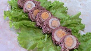 Мясной рулет из фарша с яйцами. Готовится просто, получается вкусно!