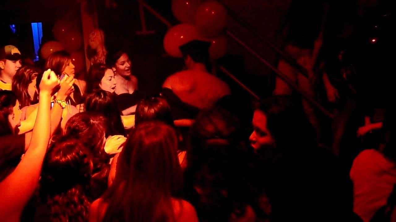 Carlos Stripper Discoteca SOHO Barrio Obrero 9 de