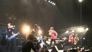 Die Toten Hosen - Blitzkrieg Bop (The Ramones) (15/9/2012 - Argentina)