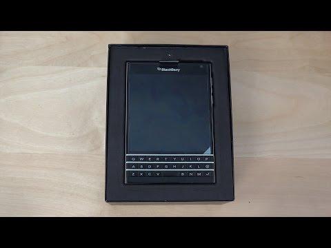BlackBerry Passport - Unboxing (4K)