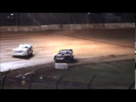 Super Late Model B-Main #1 from 411 Motor Speedway 1/1/15.
