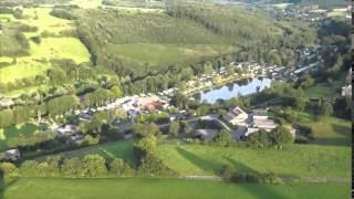 Vue aérienne du camping Le Val de L'Aisne à Blier
