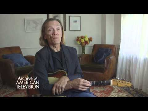 G.E. Smith on playing with Hall & Oates - EMMYTVLEGENDS.ORG