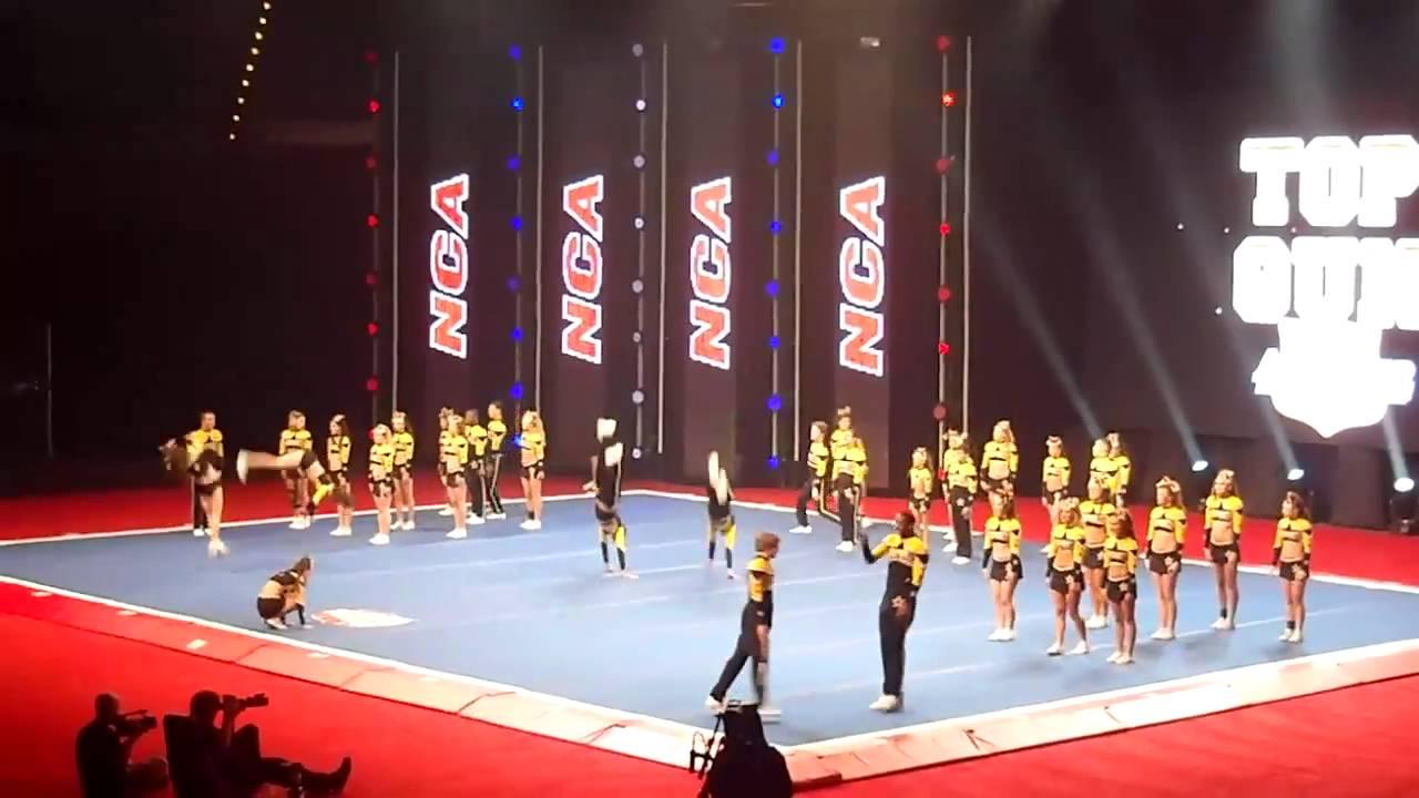 National Cheerleading, Top Gun NCA 2011 Dallas, TX - YouTube