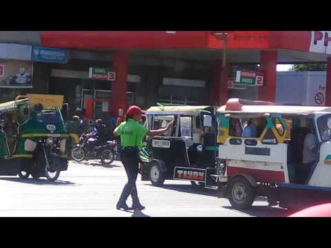 Valencia City,Bukidnon Dancing Traffic Enforcers