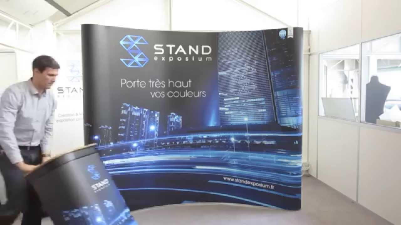 Montage d 39 un stand parapluie premium chez standexposium for Montage stand parapluie