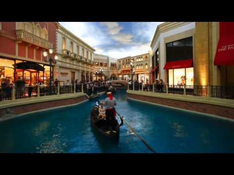 time lapse gondolas in the canals of the venetian casino and hotel