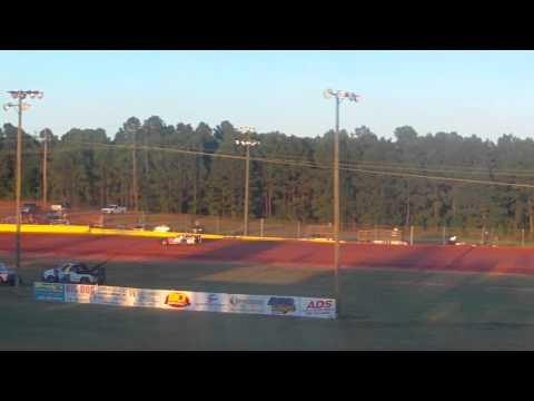 Nick Deitz Qualifying at Modoc Speedway 9/22/13