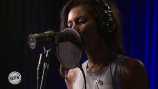 alunageorge performing your drums your love live at the village on kcrw