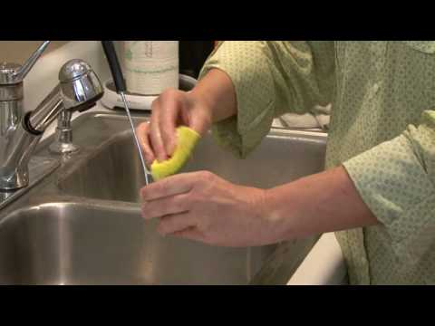 Cleaning Kitchens : How to Clean Stainless Steel