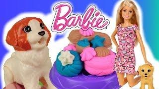 Barbie  Opiekunka i rodzina piesków  Ciasteczka smakołyki z Play Doh  DIY