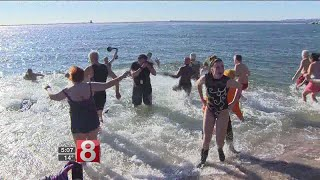 Plunging for a good cause in New Haven