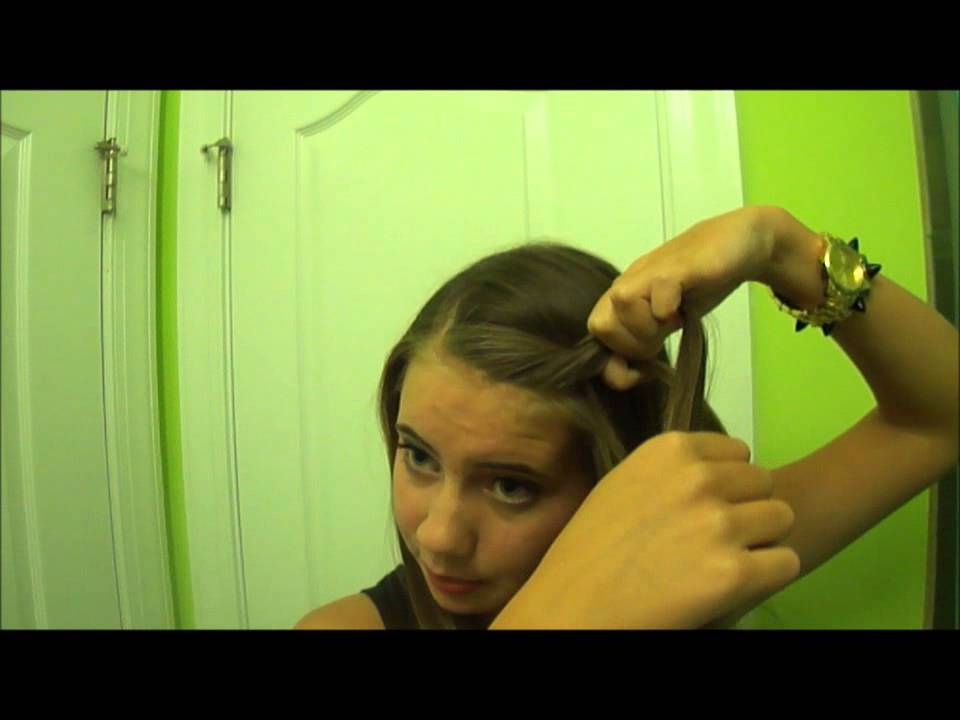 Cute And Quick Ways To Pull Back Your Bangs