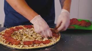 Пицца Пепперони - КАК ГОТОВИТЬ - рецепт популярной пиццы от Roll Club