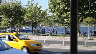 Детская карусель в Стамбуле