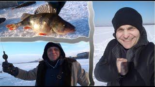Рыбалка на Окуня в центре Днепра Что ловится и о чём говорят местные Рыбаки