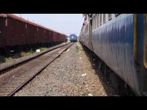 22630 Tirunelveli - Dadar Superfast Express in Full Fury