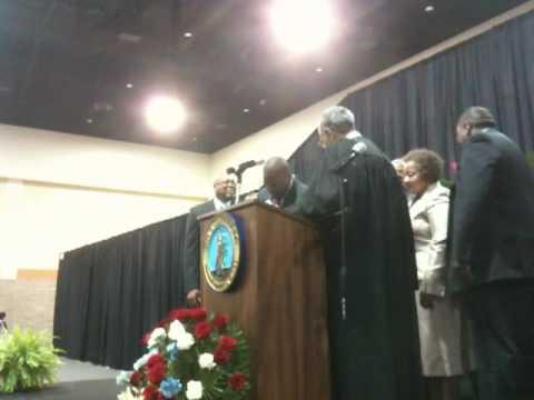 Steve Benjamin takes the oath
