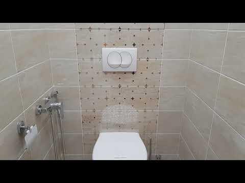 Ремонт квартиры. Ванная комната и туалет. Резной потолок