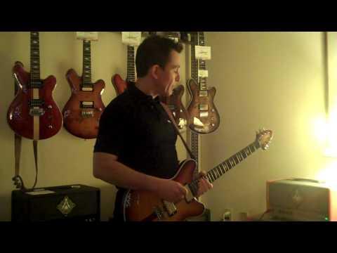 Austin Amp Show - Sweetwood Comet & Tonic Torpedo Amp Demo -  Billy Penn 300guitars.com