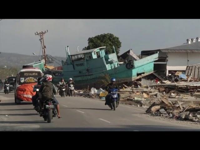 Indonesia quake survivors grow more desperate