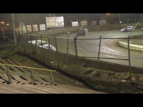 061016 Belle Clair Speedway Modified Feature