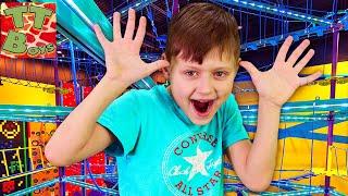 Влог в Веревочном Парке и прогулка по Торговому Центру с Игорьком Видео для детей