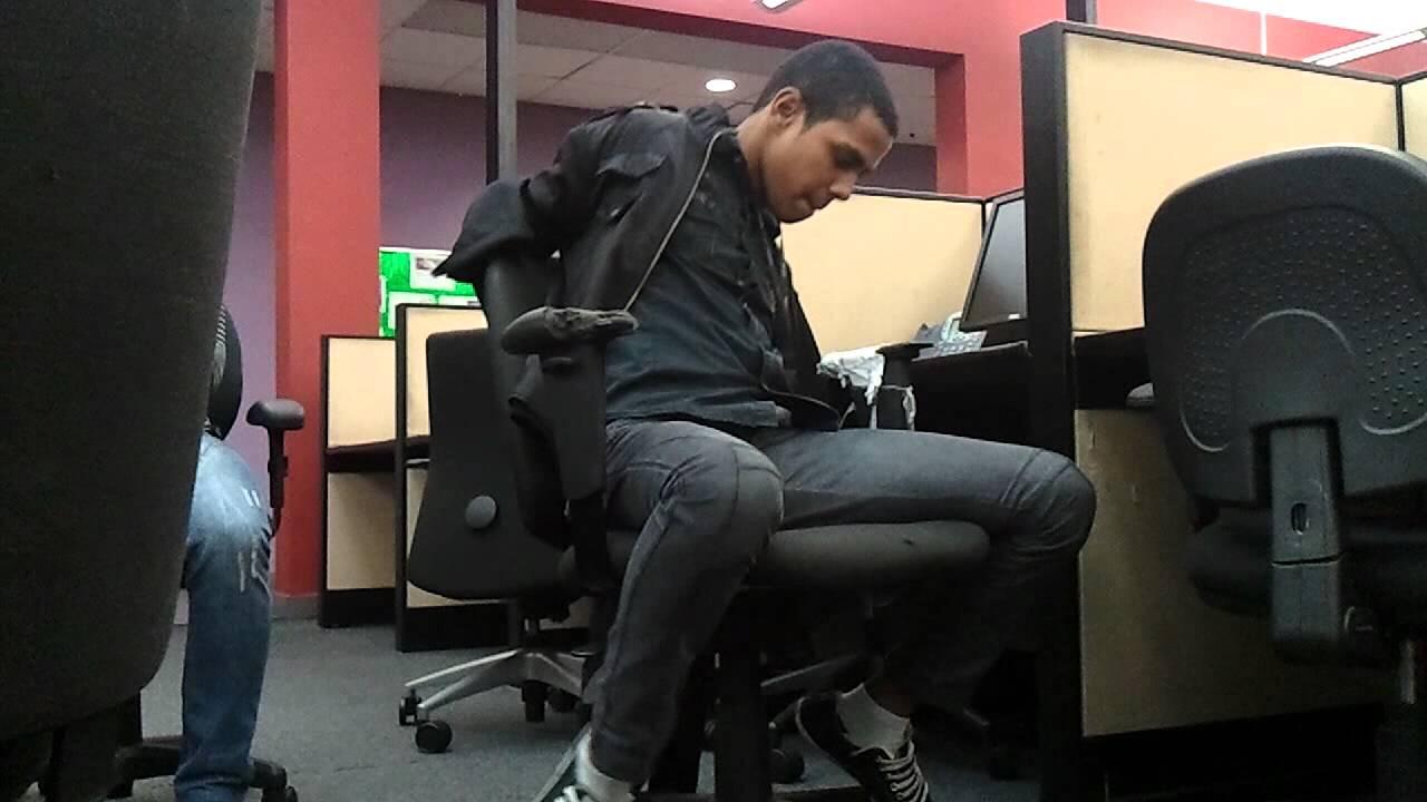 Hombre secuestrado en su trabajo - YouTube