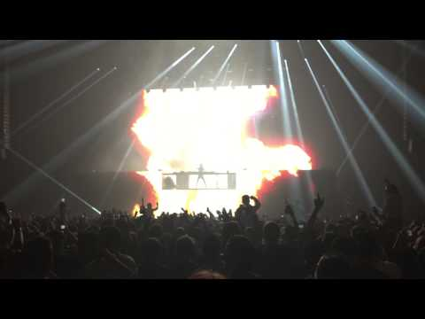 Alesso - INTRO/PAYDAY Live at Stockholm Globe Arena