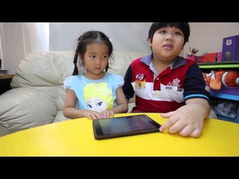เด็กจิ๋วคุยกับสิริ Siri [N'Prim W276]