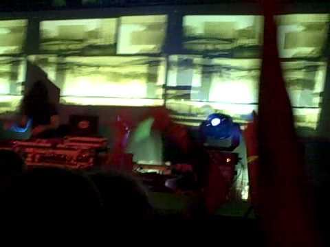 Bassnectar LIVE - Music Farm 10-14-2009 - FIRST 8 MINUTES OF SET