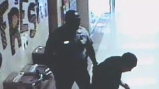 Cop Punches High School Student (VIDEO)