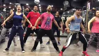 Jumma chumma Dede-Hum Movie -Bollywood dance -Gym Fun