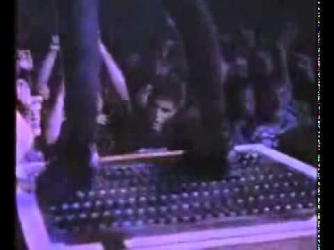 Metallica - Master Of Puppets live Seattle 1989 - une vidéo Musique.mp4