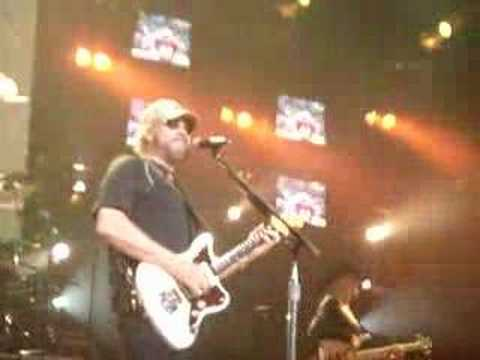 Hank Jr All My Rowdy Friends