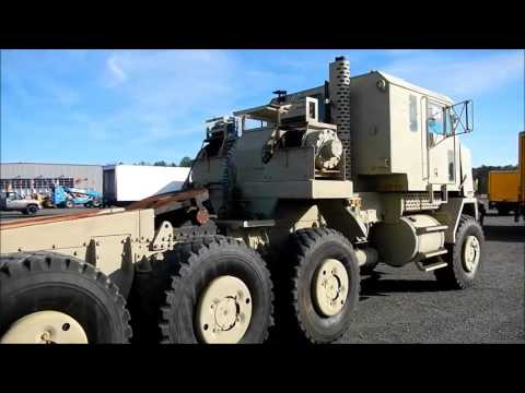 Oshkosh Heavy Equipment Transporter