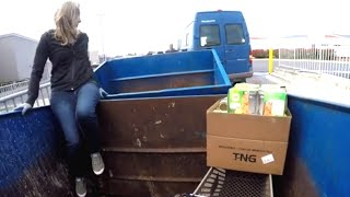 DUMPSTER DIVING- THIS WAS FUN!