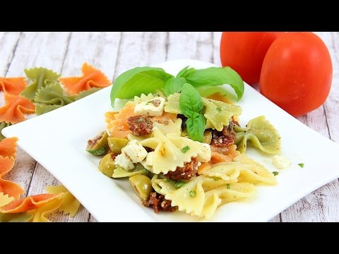 Vegetarischer Nudelsalat (mediterran)