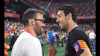 Así entrevistó a los campeones valencianistas recién terminada la final de Copa Juanma Castaño
