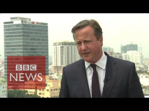 Migrant crisis: David Cameron ''totally focused'' on the issue in Calais - BBC News