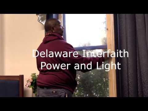 Senator Tom Carper Visits Delaware Interfaith Power and Light
