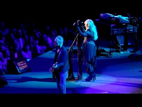 Fleetwood Mac - Sisters Of The Moon (June 1, 2015 @ Ziggo Dome, Amsterdam)