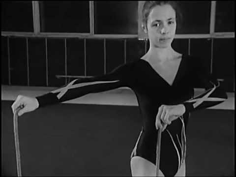 Упражнения со скакалкой - YouTube